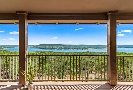 Lake Travis - Hollows Resort Lakeview Casita - Jonestown, Texas