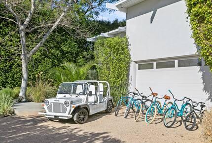 Luxe Malibu Beach Bungalow - Malibu, California