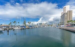 Ilikai Marina Condo - Honolulu, Hawaii