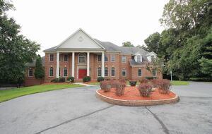 Large McLean Luxe - Mclean, Virginia