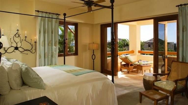 4 bedroom villa master