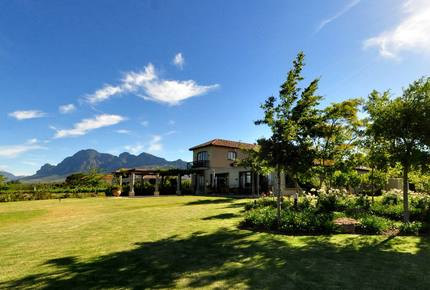 Cape Winelands Villa - Paarl, South Africa