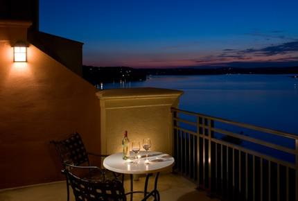 Texas Lake Luxury near Austin - Lakeway, Texas