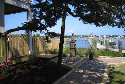 Sea Moor Lake Home