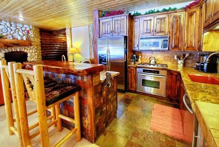 Abode at Black Bear