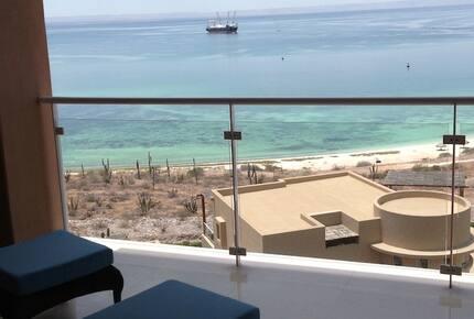 Vista Mar: 3 Bedroom Residence - CostaBaja - La Paz, Mexico