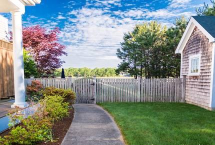 Martha's Vineyard Custom Retreat - West Tisbury, Massachusetts