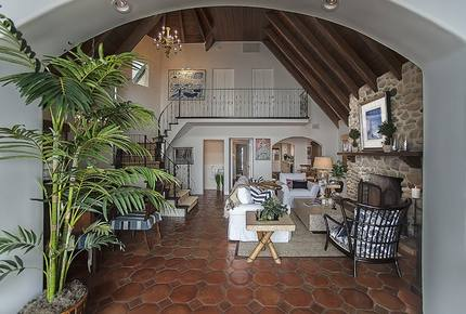 Malibu Beach Bungalow