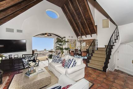 Malibu Beach Bungalow - Malibu, California