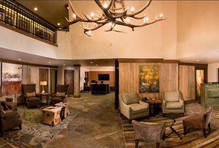 Eaton Suite at Vail Mountain Lodge & Spa - Vail, Colorado