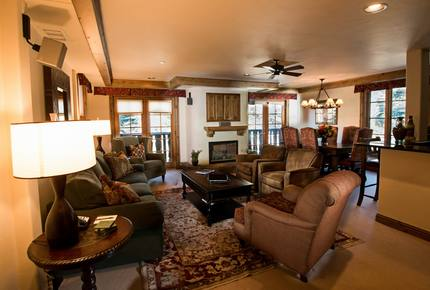 10th Mountain Suite at Vail Mountain Lodge & Spa