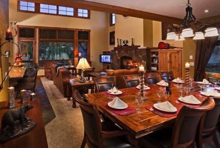 Black Bear Chalet : Luxury Ski Home