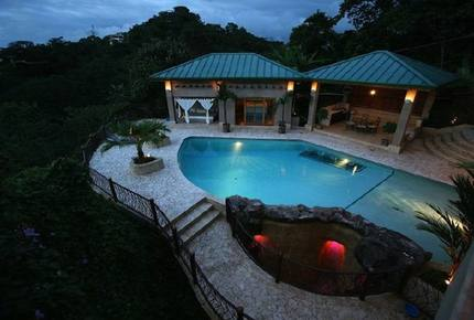 Astounding Rainforest Villa - Casa Caballo del Mar