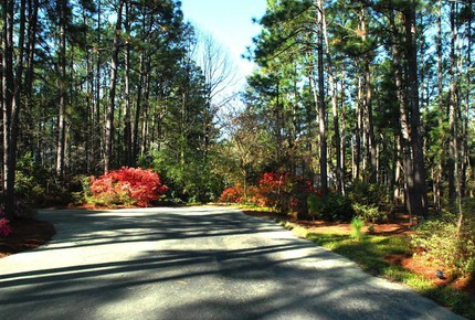 Top of the Hill Southern Pines - Pinehurst NC - Southern Pines, North Carolina
