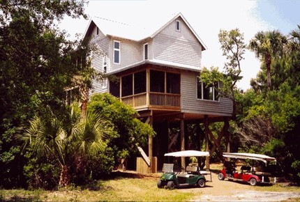 Tree House on Dewees Island