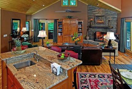 Luxury Lodge at the Mountain Club at Cashiers - Sapphire, North Carolina