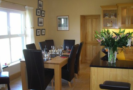 Tigh Padraig - Luxury Home with stunning Atlantic Ocean Views on The Wild Atlantic Way - Doolin, Ireland