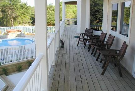 Golden Retreat - Outer Banks - Corolla, North Carolina