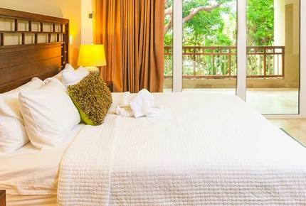 Western Caribbean, Roatan West Bay Beach 3 Bedroom Residence - West Bay Beach, Honduras