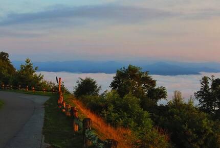 Mountain Air Country Club a Blue Ridge Mountain Retreat
