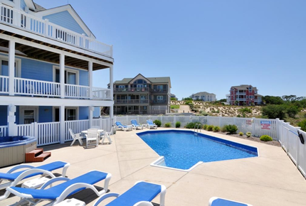 """Pinch Me"" - Corolla, NC Beach and Golf House - Outer Banks - Corolla, North Carolina"