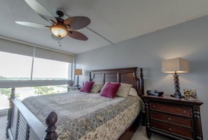 Siesta Key - Palm Bay Club - Sarasota, Florida