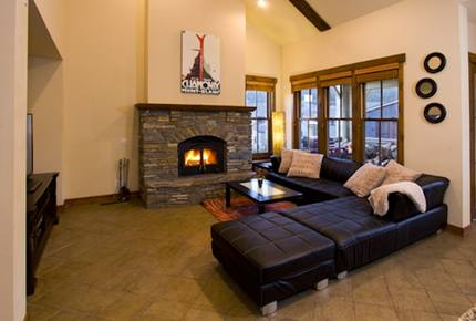 Luxury Mammoth Lodge