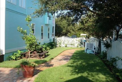 Barbie's Beach House - 30A - Santa Rosa Beach, Florida
