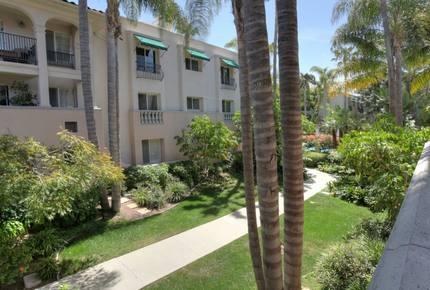 Santa Barbara Studio Condominium