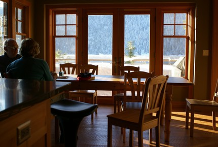 Lake Wenatchee Lodge - Leavenworth, Washington