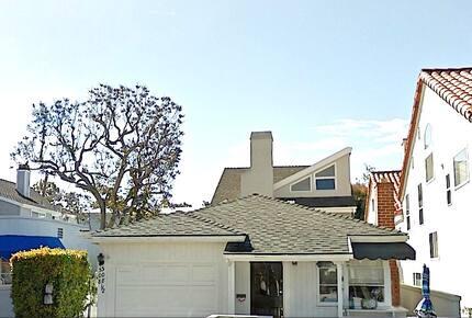 Cottage By The Sea - Corona Del Mar, California