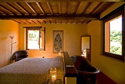 Brunello Villa - Paciano, Italy