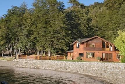 Bariloche Lakefront Home