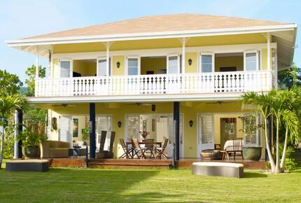 Villa Laura at Golden Cove