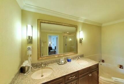 Emerald Grande at HarborWalk Village -  2 Bedroom Deluxe - Destin, Florida