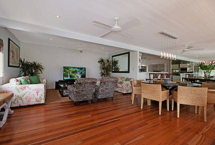 Great Barrier Reef Beach House - Port Douglas, Australia