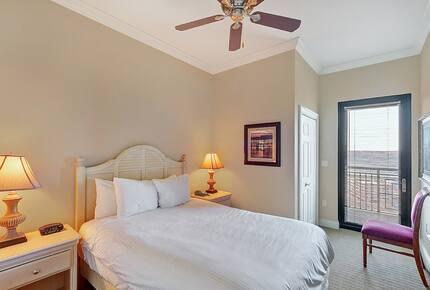 Emerald Grande at HarborWalk Village -  3 Bedroom - Destin, Florida