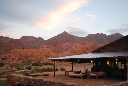 ARGENTINIAN MOUNTAIN REFUGE WITH 5 PRIVATE VINEYARDS - Uspallata, Argentina