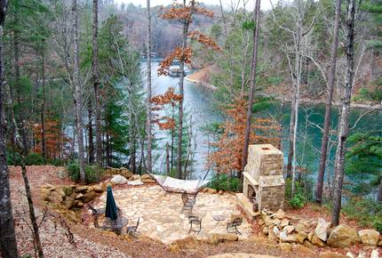 Rustic Retreat on Lake Keowee