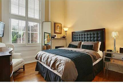 """""""Vieux Carre"""" French Quarter Flat with Private Courtyard"""