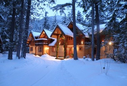 Mountain Lodge on Ivey Lake - Pemberton, Canada