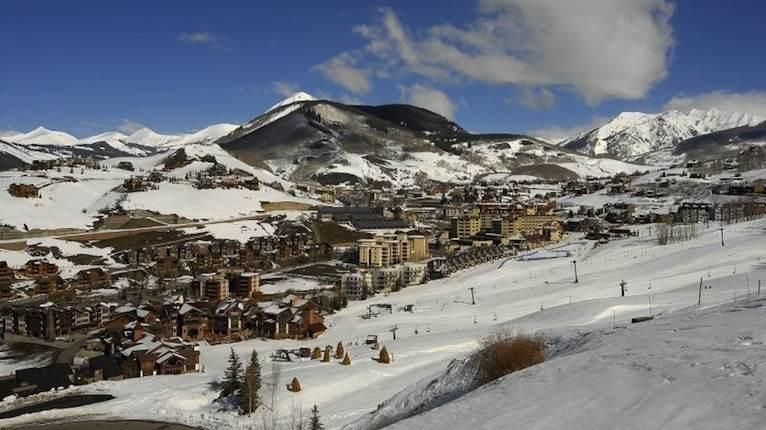 Epic Views At Black Diamond Summit Ski In Out