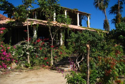 Rancho Danza del Sol, 25-Acre Ranch with 4 guest houses