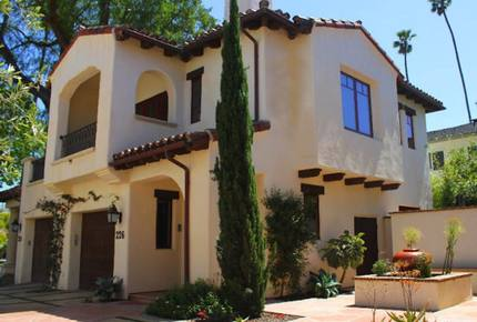 Eco Friendly, near the Beach, Santa Barbara Luxury Villa