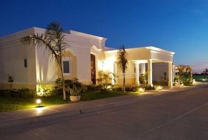 Emerald Estates Residence