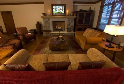 Great Bear Lodge 206 - Northstar at Tahoe - 4 Bedroom Residence