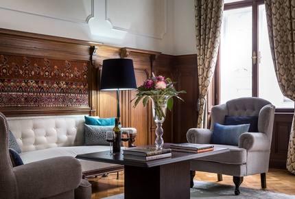 Vienna Opera Apartment - Vienna, Austria