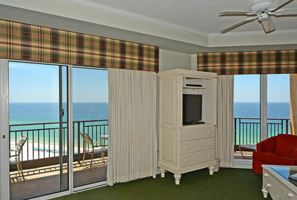 Westwinds Beach Front Sandestin Condo