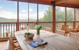 Screened veranda