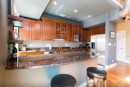 Chicago's Best Penthouse - Chicago, Illinois